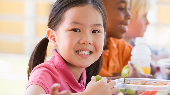 What can I do if my child likes to eat the same thing for lunch every day?